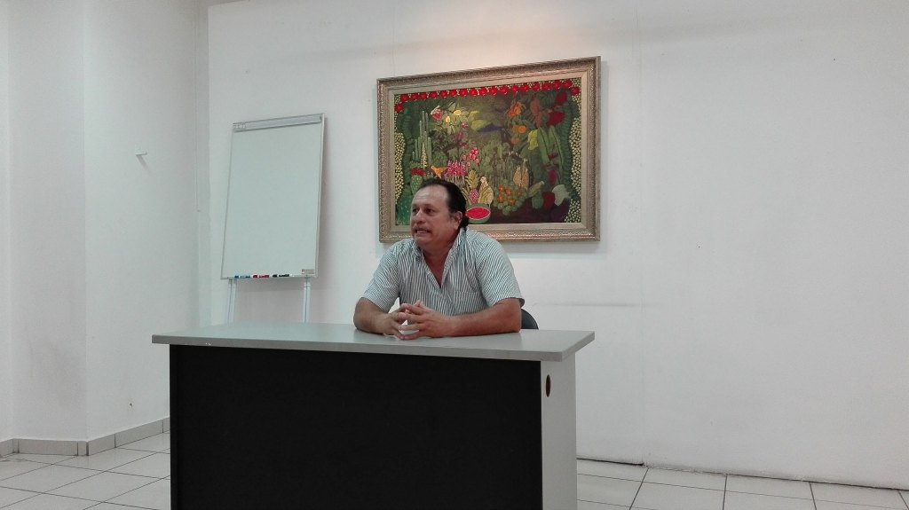 Conferencia Mtro. Bibliotecario Carlos Peregrina Llanes