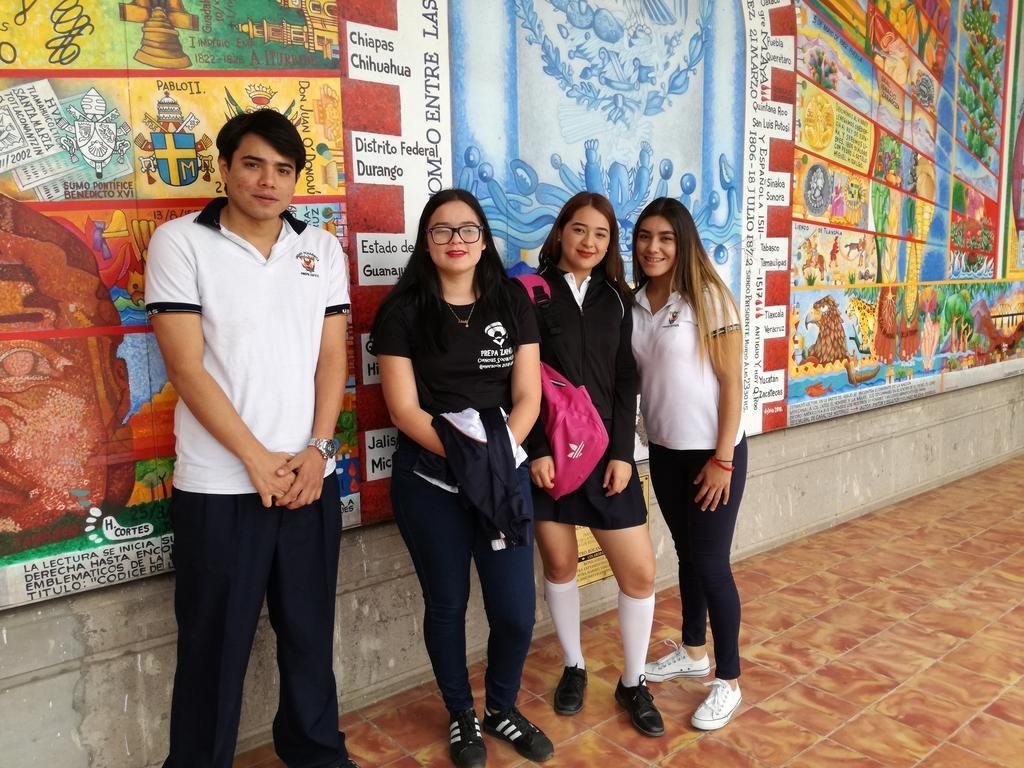 Visita Alumnos de la Preparatoria Zapata al Archivo